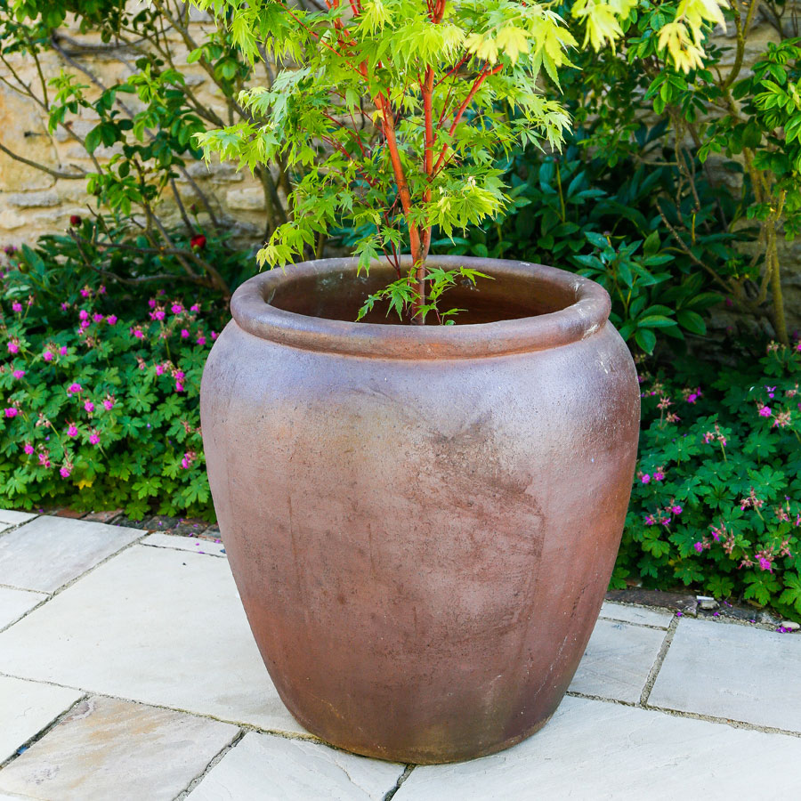 modern urns garden design twista with planters for plants classic tall large download and the solidaria pots planter contrasting outdoor